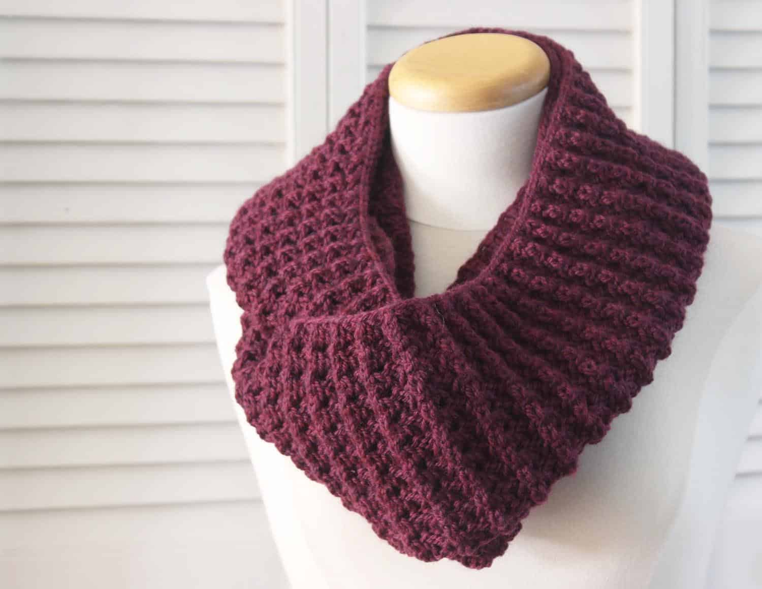 Capelet Knitting Pattern Free : Knit Infinity Scarf Pattern Car Interior Design